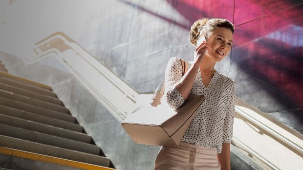 Women descending staircase representing SAP Solution Manager